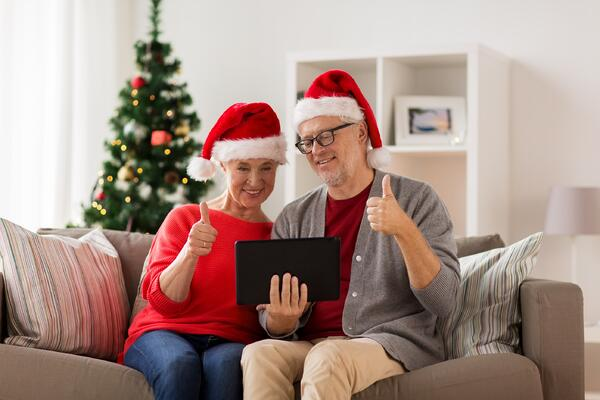 Visiting Your Elderly Loved Ones This Christmas Channukah & Festive Season | COVID-19